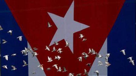 bandera-cubana-vuelo-paloma