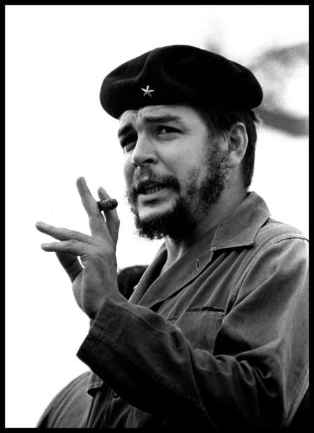 Roberto Salas_ El Che con tabaco_1964